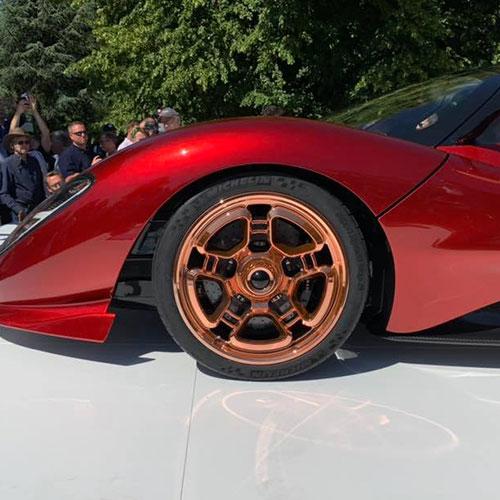 World-debut-of-De-Tomaso-P72
