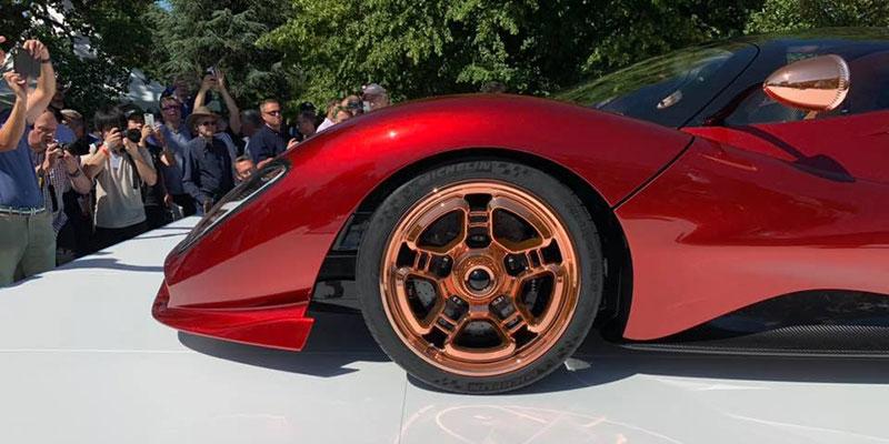 World debut De Tomaso P72